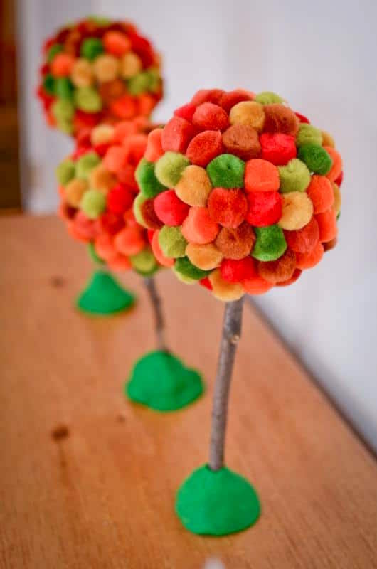 Pom pom tree craft