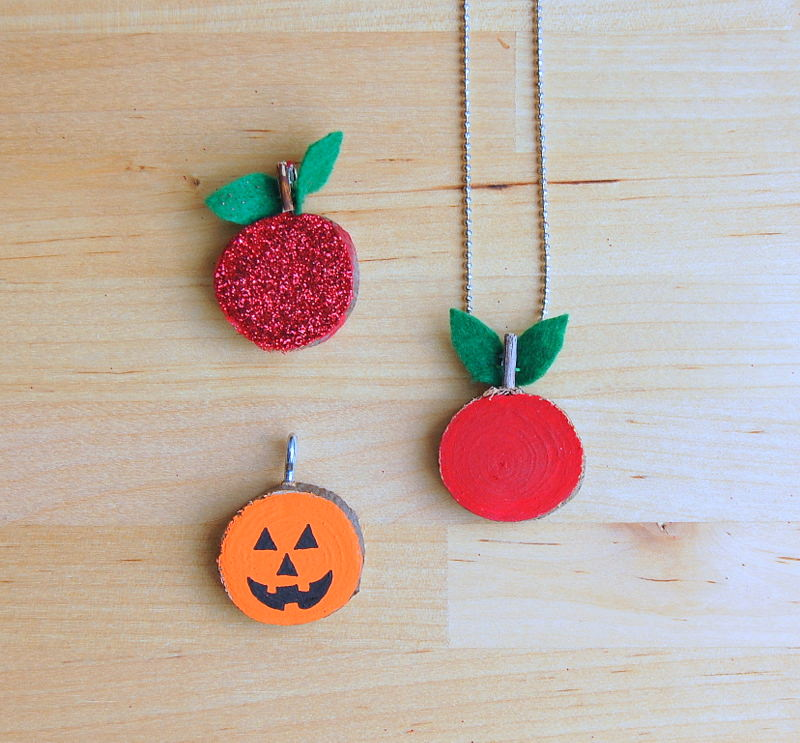 Wood slice pendant necklaces for fall