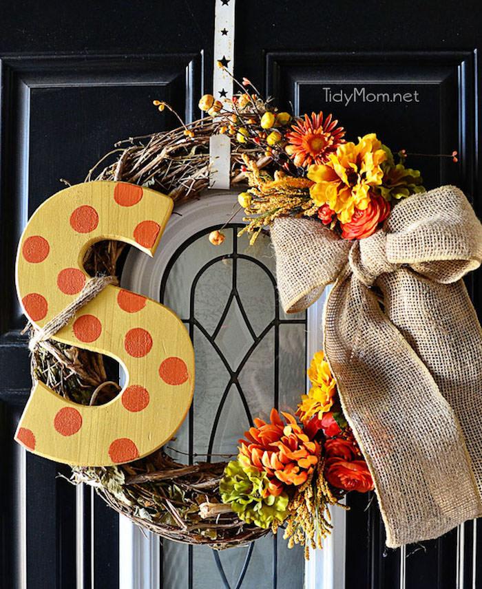 DIY Monogram Fall Wreath at TidyMom.net