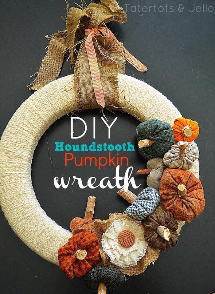 make a fall houndstooth pumpkin wreath