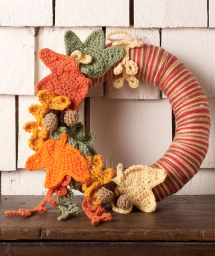 Autumn crochet wreath