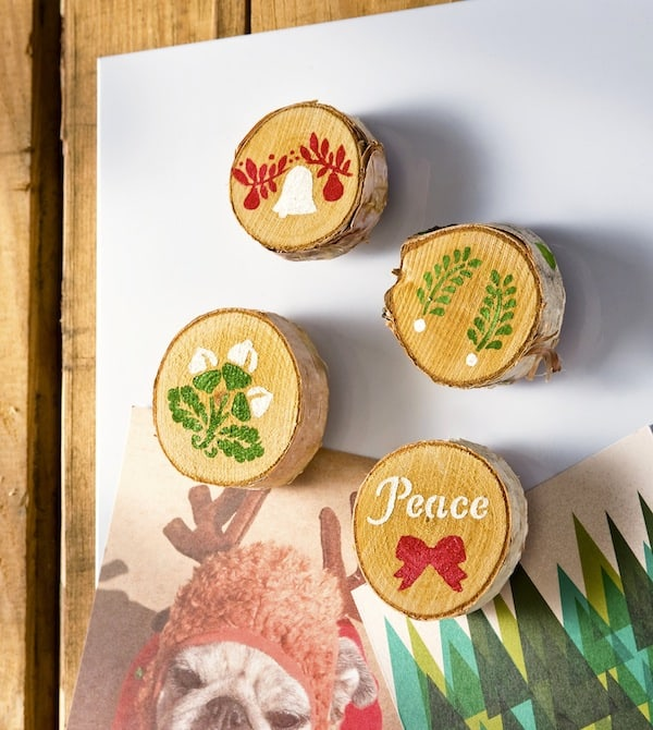 Easy Stenciled Wood Christmas Magnets - diycandy.com