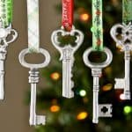 Easy metallic DIY key ornaments - they cost just $1 to make and a little spray paint!