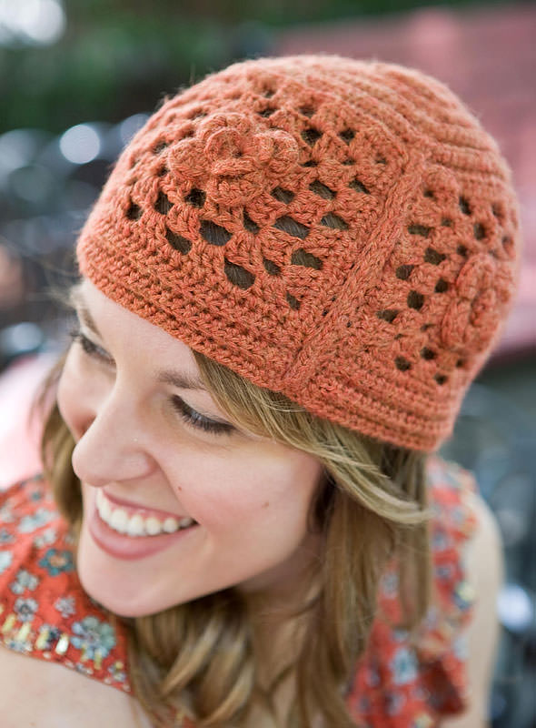 Crochet granny square free hat pattern