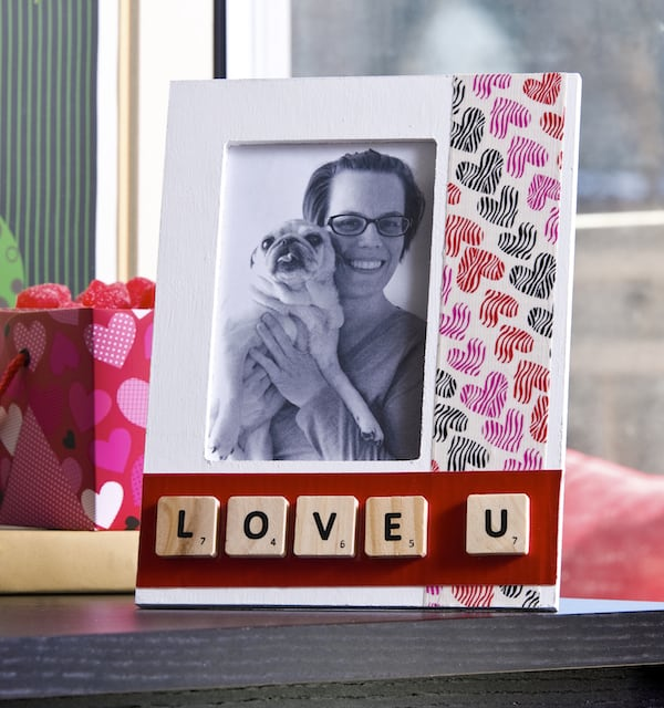Valentine's Day duck tape frame