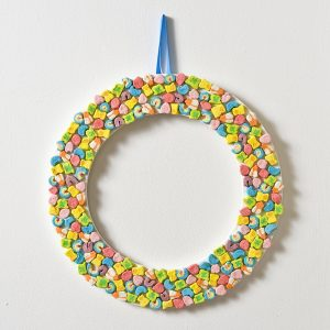 Make a Lucky Charms Wreath for St. Patrick&#8...