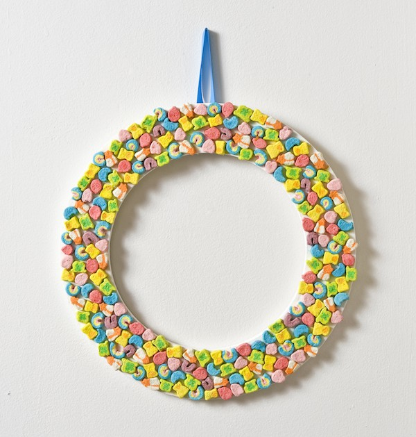 How to make a Lucky Charms wreath