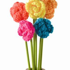 Make a Crochet Flower Bouquet