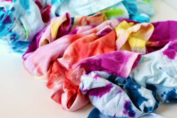 These DIY tie dye headbands are easy to make from t-shirts and look great! Both kids and adults will love this summer fashion craft.