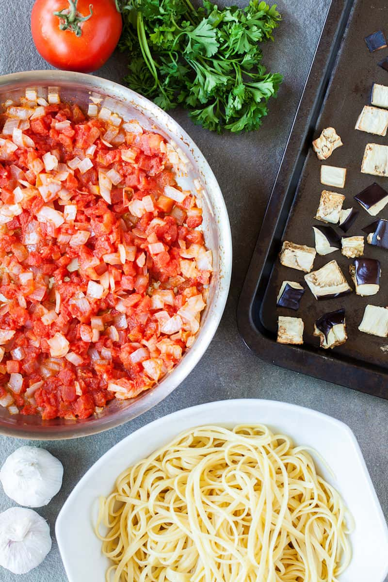 This delicious eggplant linguine recipe combines fresh ingredients with garlic and tomatoes to make a dish that your whole family will love!