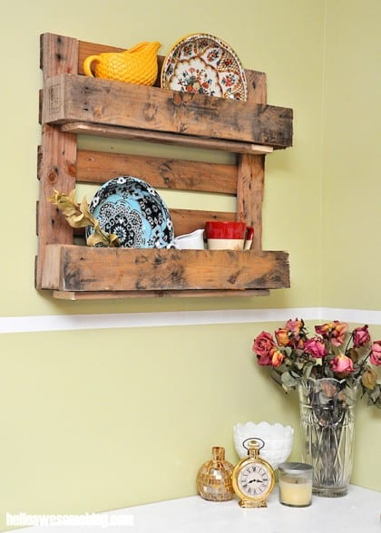 Make a decorative pallet shelf