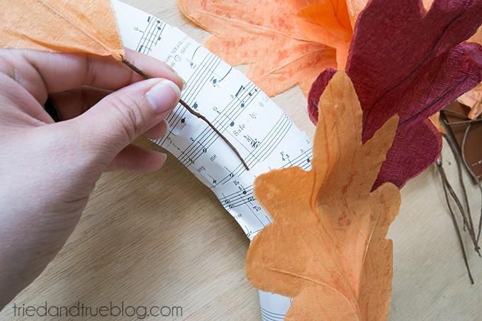$5-Autumn-Wreath-03sm
