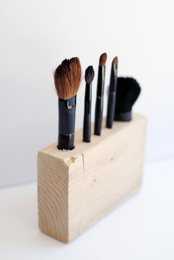 Wooden DIY Makeup Brush Holder - diycandy.com