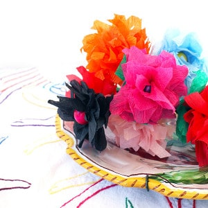How to make crepe paper flowers in five minutes!