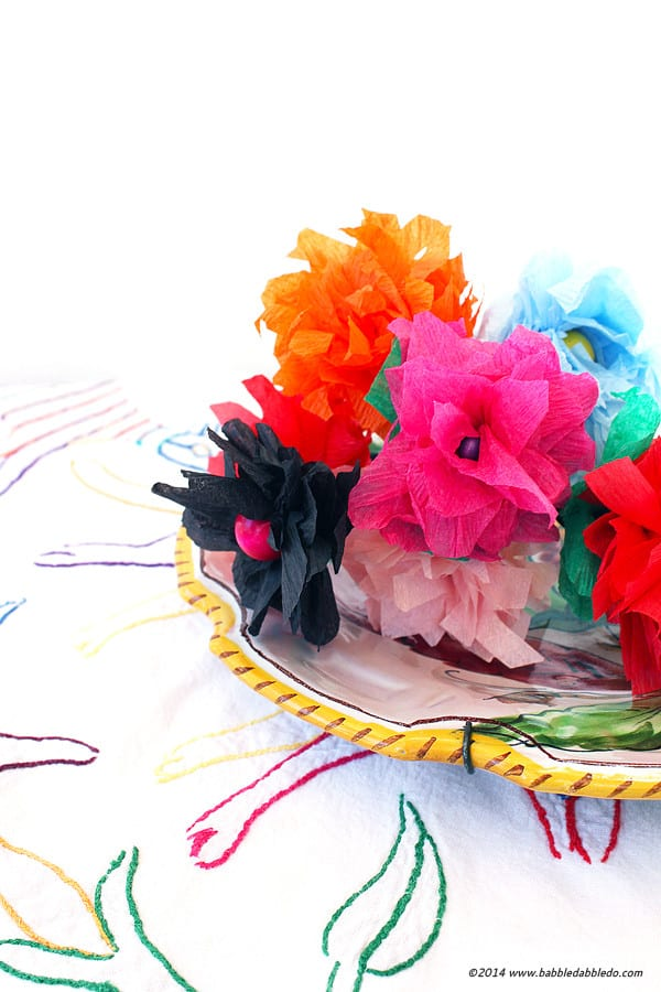 Incredibly Easy 5 Minute Crepe Paper Flowers Diy Candy