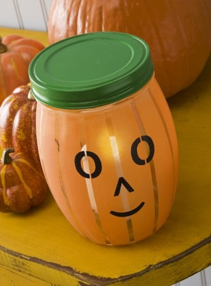 Easy pumpkin craft: jack o' light up lantern