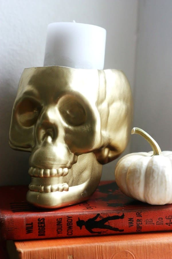 How to turn a dollar store skull into a Halloween candleholder