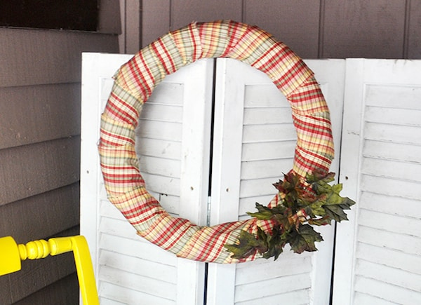 DIY autumn wreath for your door made with Dollar Tree supplies