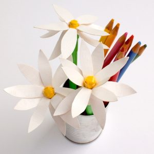 Duct Tape Crafts: Fun Flower Pens
