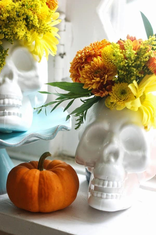 make DIY upcycled dollar store skulls
