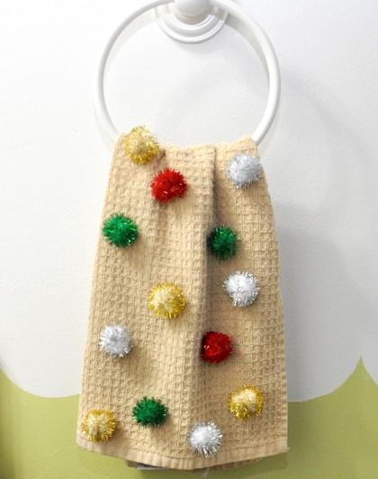 DIY Pom Pom Hand Towel Gift Idea
