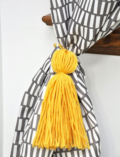 How to make inexpensive curtain tassels in 15 minutes!