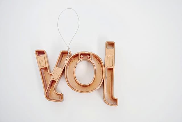alphabet-ornament7