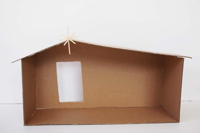 carboard manger with toothpick star - Wooden Nativity Set