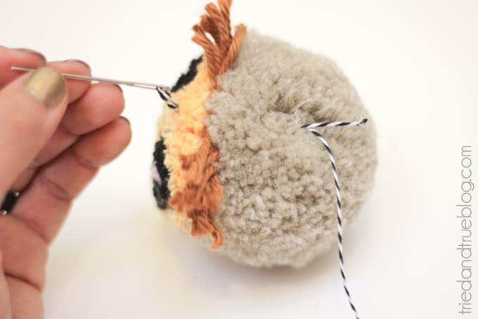 How To Make An Owl Pom-Pom - Ornament
