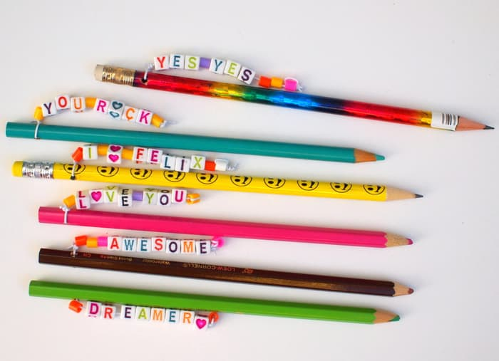 How adorable are these personalized pencil toppers? They're bright and cheery, perfect for sending special messages and encouraging kids to write and draw.