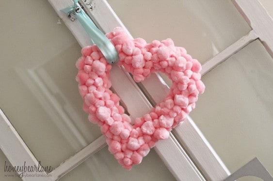 heart-shaped-pom-wreath-1024x682