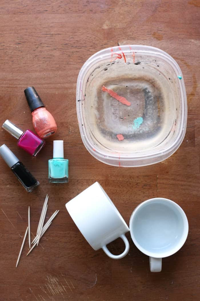 how to make fingernail polish stay on