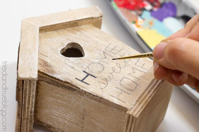 Birdhouse-Key-Holder-2
