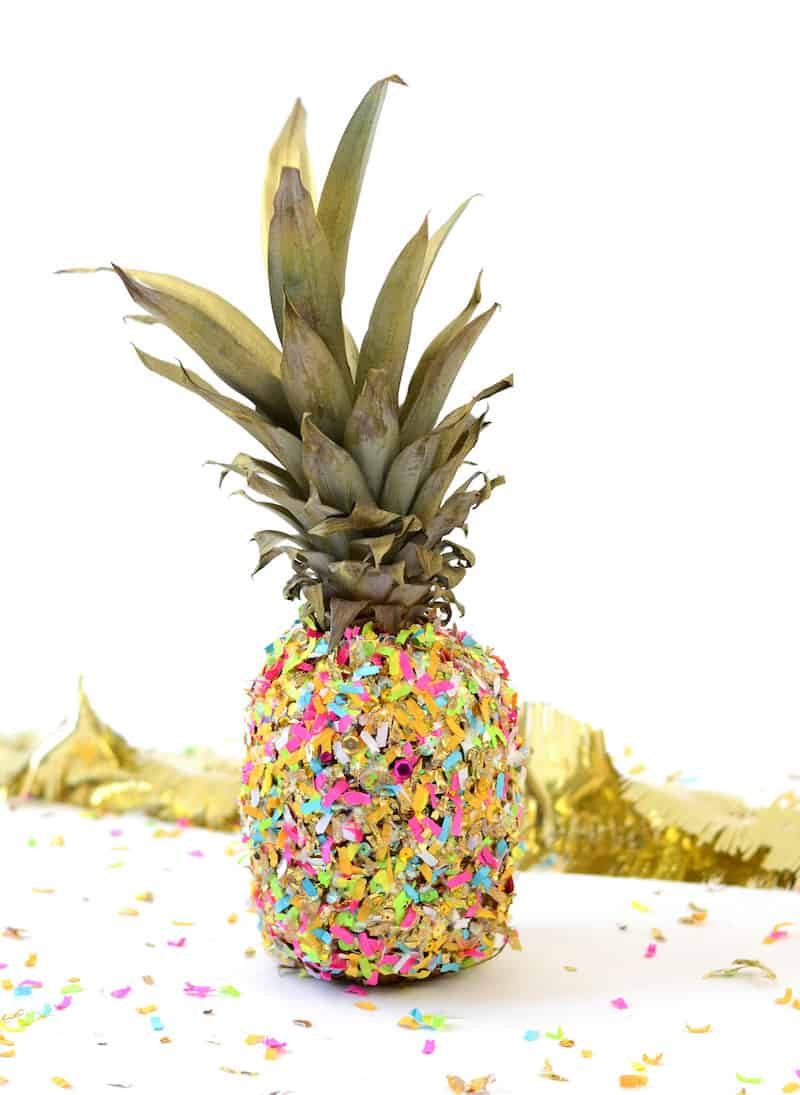 Easy Pineapple Diy Bookends You Need On Your Shelf Diy Candy