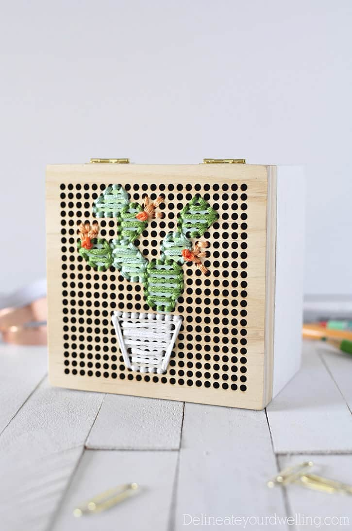 Simple-Cacti-Embroidery-Box2