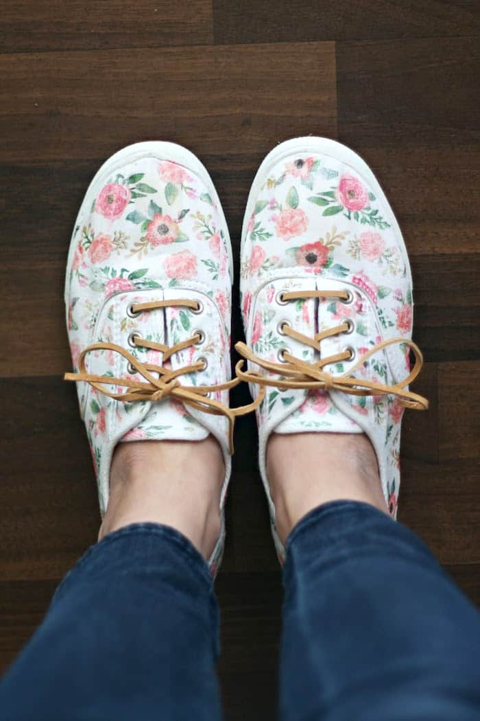 Iron On Floral Patterned Diy Shoes Diy Candy