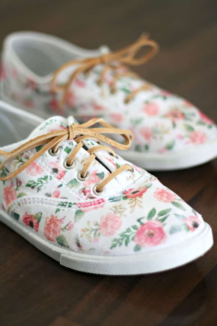 Use this fun and simple tutorial to revive your old canvas kicks! These floral DIY shoes are created using iron-on transfers - very easy to do.