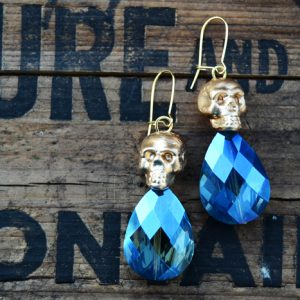 How to Make Fancy Skull Earrings