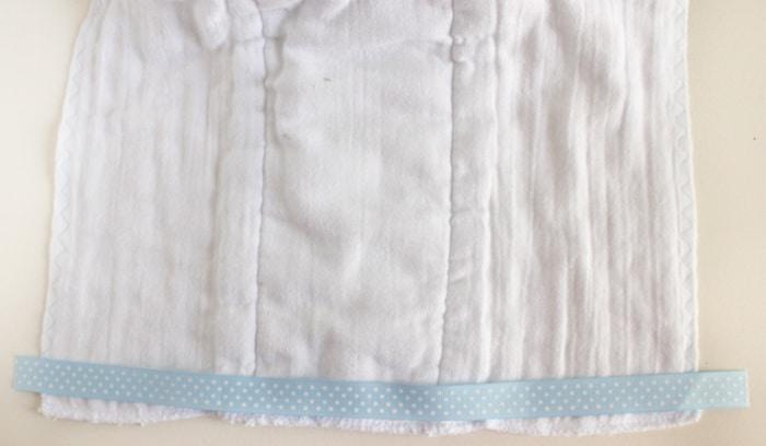 ribbon-burp-cloth-tutorial-a001