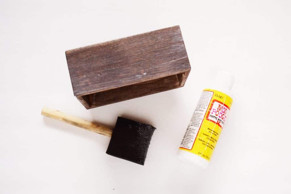 rustic-chalkboard-recipe-box-2