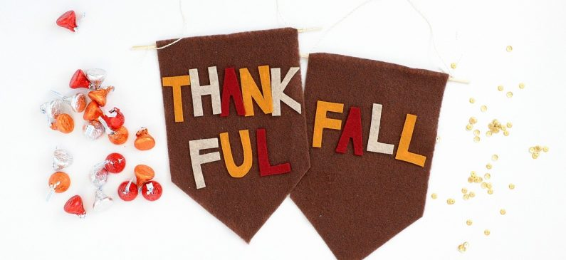DIY Mini Fall Banners Made from Felt