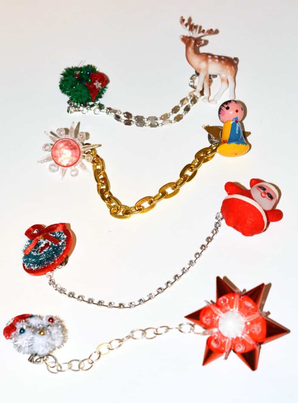 sweater chain clips with a christmas theme