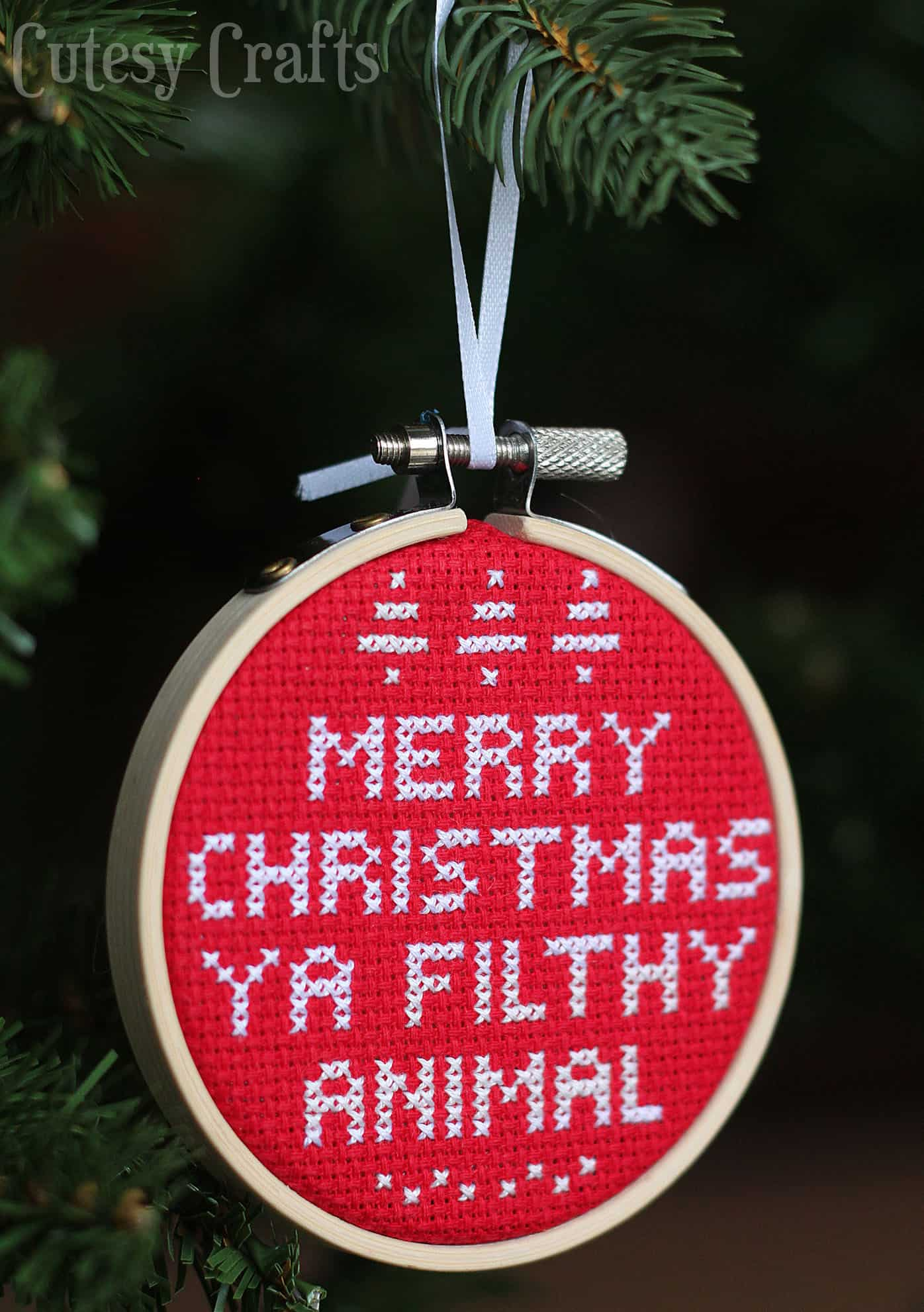 this diy ornament is based on the now classic - Cross Stitch Christmas Decorations