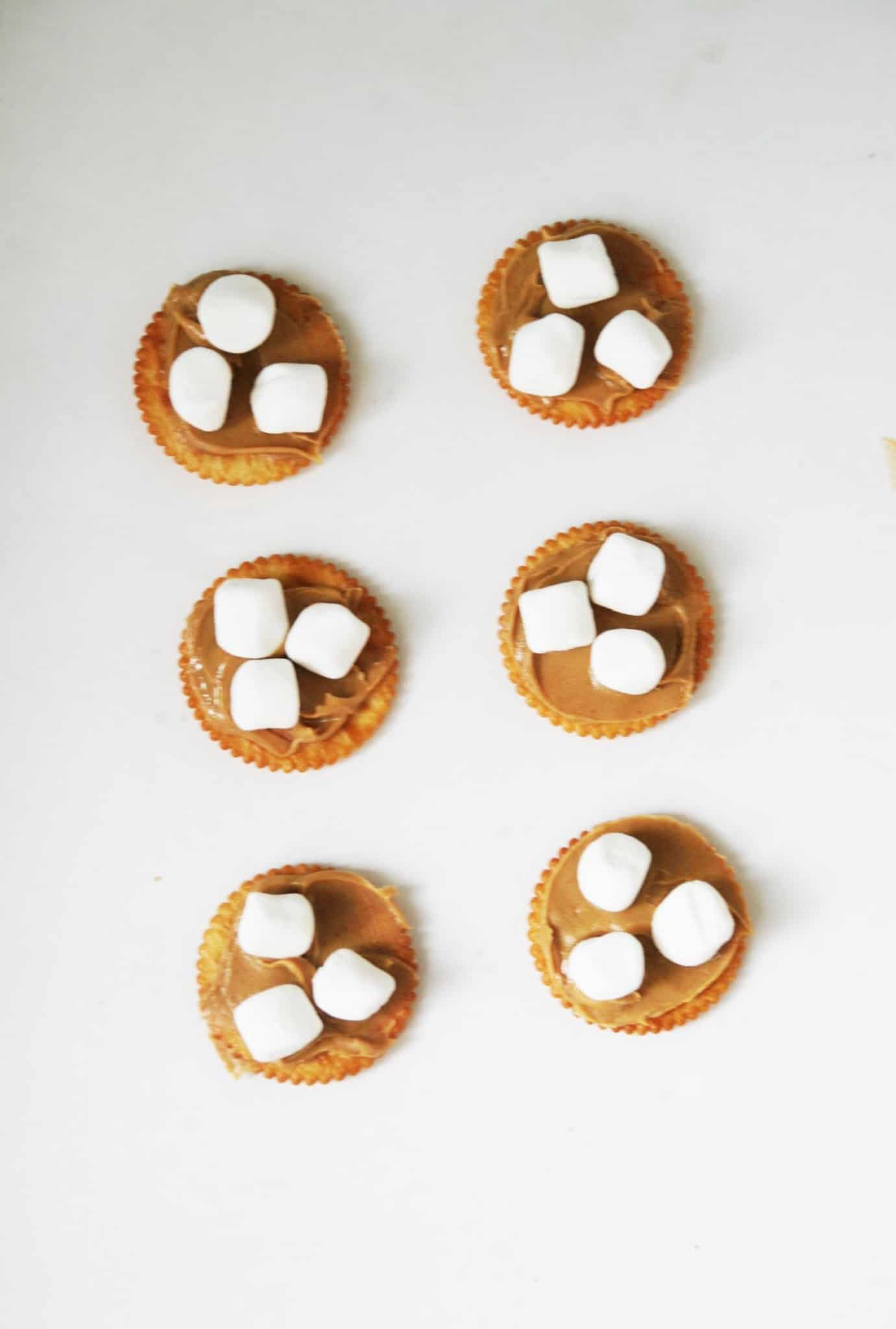Salty, buttery Ritz crackers with sweet chocolate and marshmallows are a match made in heaven! This cookie recipe is easy and delicious.
