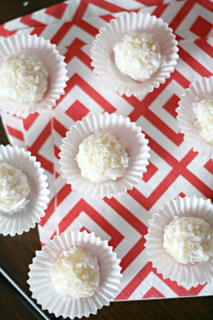 Beijinhos are Brazilian coconut truffles that are incredibly easy to make - they only take 4 ingredients, and are amazingly sweet and delicious!
