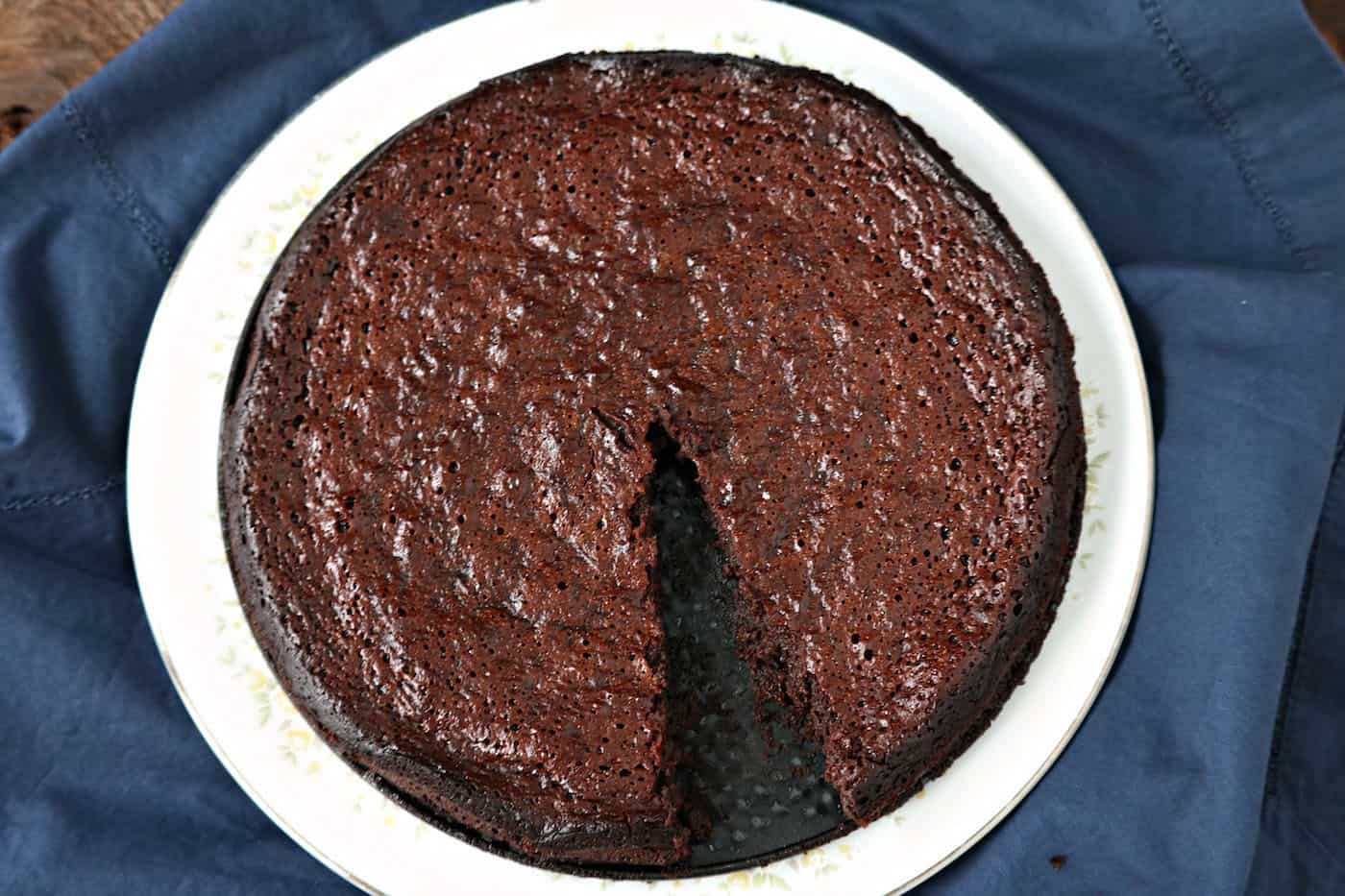Paleo Flourless Chocolate Torte with Five Ingredients