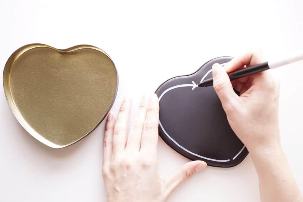 chalkboard-valentine-tin-step4