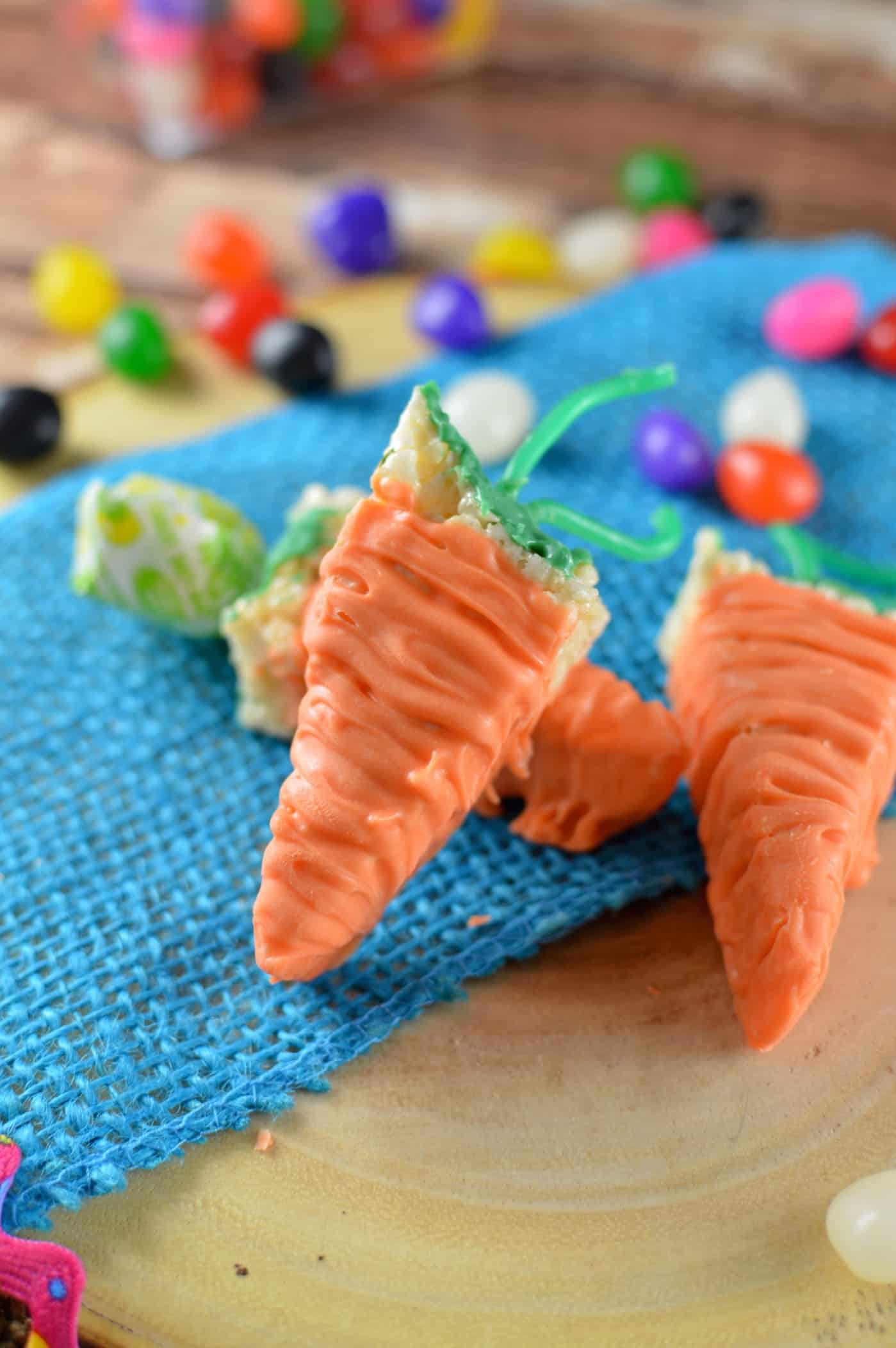 If you are looking for tasty and fun Easter dessert recipes, these carrot krispies are so easy to make - and everyone loves them! Enjoy this holiday sweet.