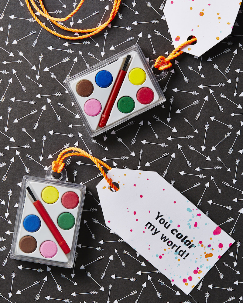 Paint palette valentine favors for kids