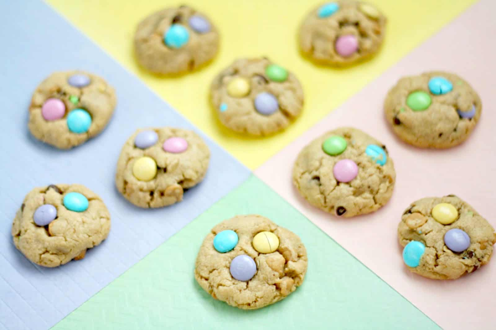 These delicious Easter cookies are loaded with M&Ms, and are the perfectly chewy, peanut buttery, oat-y, chocolatey way to celebrate the upcoming holiday!
